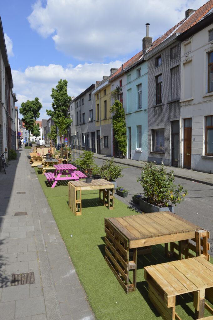 Leefstraat zonder knip in de Gentse Sparrestraat.