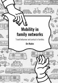 Mobility in family networks: Travel behaviour and contact in families